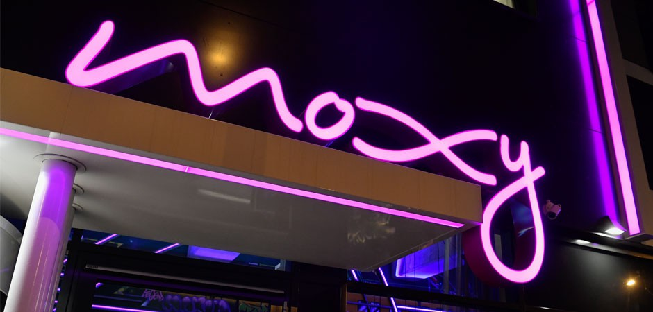 The Moxy Hotel Berlin offers a unique hotel experience and addresses the next generation of travellers